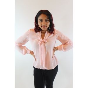 Pink H&M Bow Tie Blouse with ACCESSORIES! ✨